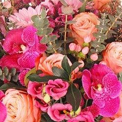 Ramo con flores de orquídeas en Madrid