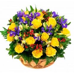 Centro de rosas e iris